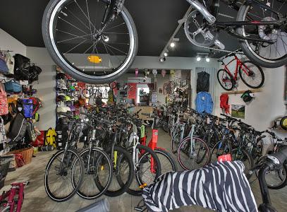 Intérieur magasin de vélos Tours
